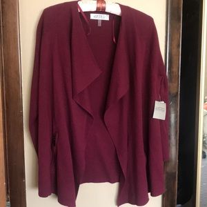 New with tags Kasper cardigan.